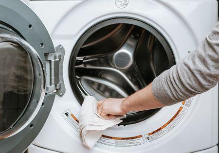 Washine machine wipes